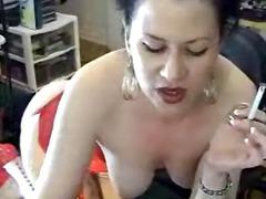 Tags: meitenes, masturbācija, smēķēšana, brunetes.