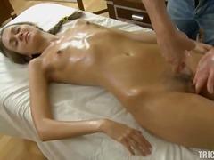 Tag: giovani, sesso orale, bagnate, hardcore.