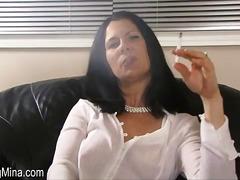 Тагови: пушење, соло.