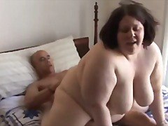 Tag: tetek, tetek mantap, wanita gemuk.