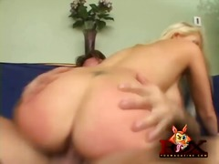 Tag: bertindik, tetek, porno hardcore.