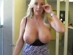 Tags: mammas, orālais sekss, orālais sekss, lieli pupi.