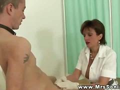 Tag: stokin, dominasi, lancapkan, ibu seksi.