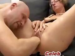 Žymės: hardcore, subrendusios, oralinis seksas.