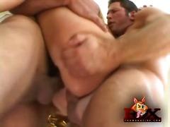 Ознаке: analni sex, grupnjak.