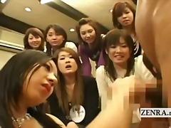 Tags: grupas, japāņi, rokas masturbācija, kailais onānisms.
