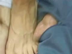 Žymės: fetišas, pėdų fetišas, dominantė.