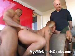 Tag: ibu seksi, rambut blonde, isteri, bintang porno.