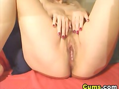 Massive tits cougar pleasures herself hd.