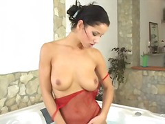 Tags: pusmūža sievietes, dabiskās krūtis, masturbācija, vannā.