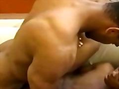 Tags: qaralar, masturbasya, anal, gey.