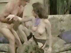 टैग: वीर्य निकालना, मुखमैथुन.