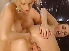 Žymės: lesbietės, vokietės, analinis laižymas, dviguba penetracija.