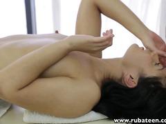 Tags: ağır sikişmə, rus, yeniyetmə, masaj.