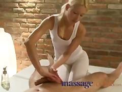 Taggar: spruta, orgasmer, naturliga bröst, blond.