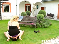 Huge-assed chunky kristy inside smothering action.