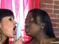 Supermilf lisa ann hot interracial lesbian with aryana.