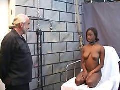 Ознаке: pirsing, veštački kurac, seks igračka, izbliza.