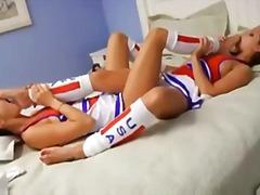 Tunnisteet: cheerleader, fetissi, lasit, hieronta.