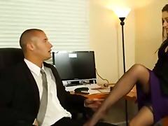 Tagy: hardcore, šéf, kancelář, zarostlý.