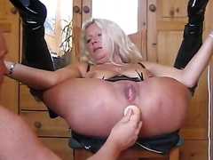 German wife rectal hole play.