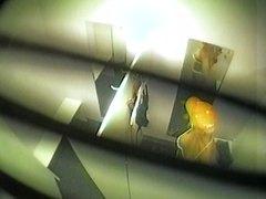 Žymės: merginos, paslėpta kamera, šnipai, krūtys.