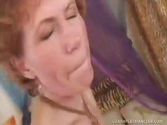 Lesbian granny yara serviced by hot rebecca.