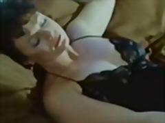 Žymės: porno žvaigždė, vintažas, lesbietės.