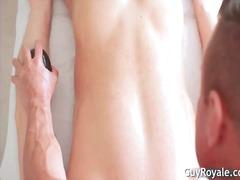 Oznake: mehka erotika, debela dekleta, mišičnjak, masaža.