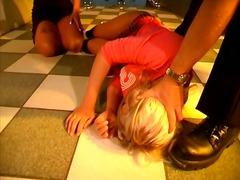 Oznake: uspaljen, dupe, djevojka, spanking.