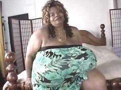 टैग: आबनूसी, चूंचियां, बड़े स्तन, अकेले.