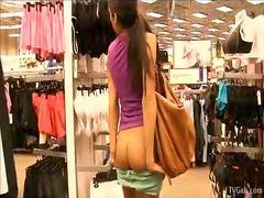 Tagy: holky, exhibicionisti, nahý, nahota na veřejnosti.