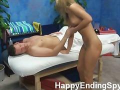 Žymės: hardcore, šiurkštus seksas, vojaristai, masažas.