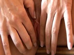 Tags: masturbasya, dildo, iri döşlü, latınamerikalı.