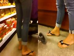 Tags: հասուն, ոտքերի ֆետիշ, ֆետիշ, թաքնված տեսախցիկ.