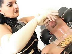 Oznake: ženska dominacija, njemački, bdsm.