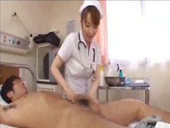 Oznake: azijci, v uniformi, korejka, medinska sestra.