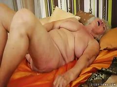 Žymės: dideli papai, šikna, dideli užpakaliai, masturbacija.