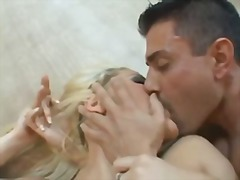 Ознаке: svršavanje, pičić, analni sex, svršavanje po faci.