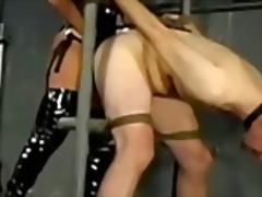 Tag: dominadora, dominação, escravidão, fetiche.