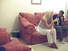 Tags: slēptā kamera, ejakulācijas tuvplāns, pusmūža sievietes, briti.