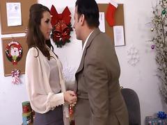 Tagi: gwiazda porno, hardkor, brunetki, w biurze.