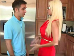 Nikita gives stepdaughters bf confidence.