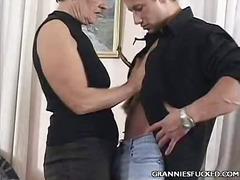 Тагови: грубо, баба, женска, зрели за секс.