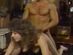 Žymės: vintažas, analinis, hardcore, porno žvaigždė.
