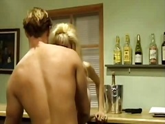 Tags: orālā seksa, smagais porno, blondīnes, mātes.