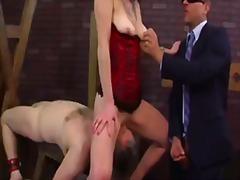 Taggar: fetisch, trekant, dominant kvinna.