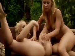 Tagy: blondínky, lesbičky, dievčatá.
