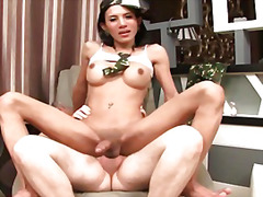 Ознаке: azijski, žene sa kurcem, analni sex.