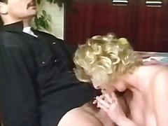 टैग: चेहरे का, बुड्ढी औरत, समूह, जर्मन.
